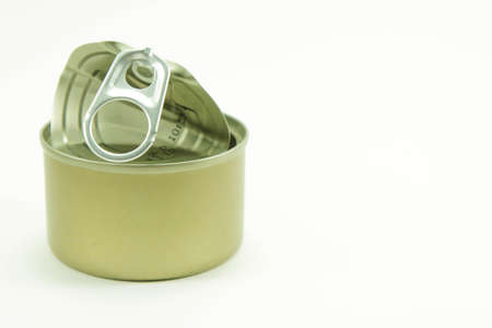 aluminum: pop-top lid ,Packaging cans, Tin can easy open ends for beverage and food packaging Tin containers, chemicals.