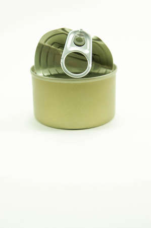 can opener: pop-top lid ,Packaging cans, Tin can easy open ends for beverage and food packaging Tin containers, chemicals.