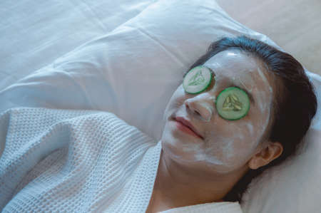 Girls sleep and Face Mask pad cucumber