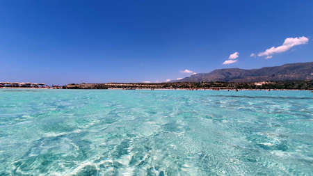 Crystal clear water on Elafonisi beach in Crete, Greece. Imagens