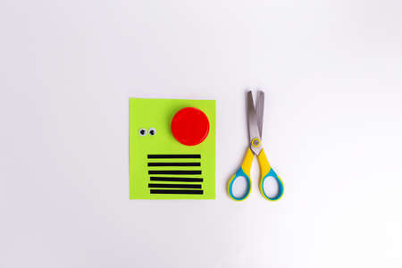 easy craft from plastic cap, scissors, color paper, materials for kids craft , step1 , DIY, Kindergarten and school of creativity.