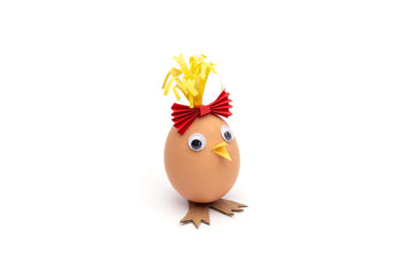 chicken toy craft made of eggshells and colored paper, simple activity for kids