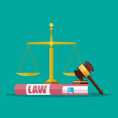 Rechter houten hamer met recht boek en gouden schalen. Justitie concept. Vector illustratie in vlakke stijl op groene achtergrond