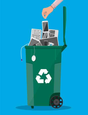 E-Abfall-Abfalleimer mit alten elektronischen Geräten