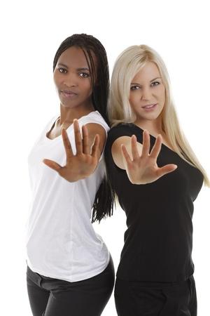 resist: African and european woman in defense