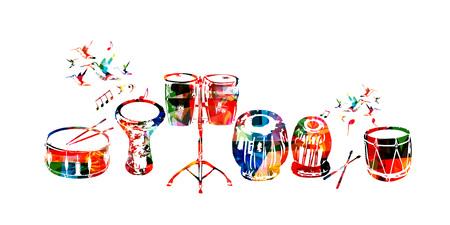 Vector de instrumentos de música. Tambor colorido, darbuka, tambores de bongo, tabla india y tambor tradicional turco aislado ilustración vectorial Foto de archivo - 76039919