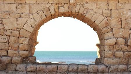 acueducto: archaeology acueducto caesarea historic aqueduct Israel roman arch building