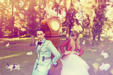 Alice in Wonderland conejo Fantasy Woods, moda bosque de cuento de hadas de hadas divertido photo