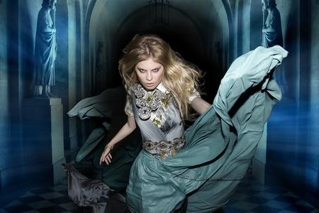 alice au pays des merveilles: Alice in Wonderland lapin Fantaisie Woods f�es de conte de f�es de la mode foresti�re dr�le