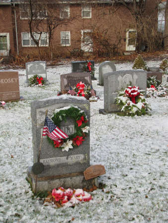 evergreen wreaths: croton on hudson cemetery in a Christmas day