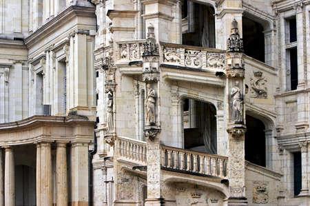 french renaissance: El detalle arquitect�nico del renacimiento franc�s de Blois