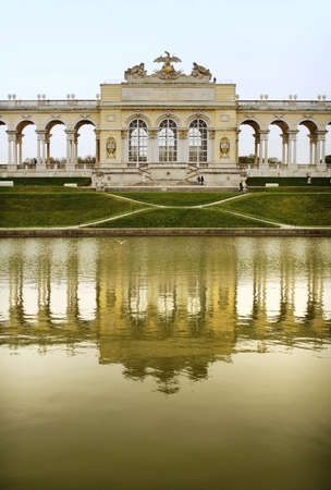 the gloriette: Gloriette, the historical architecture in Vienna