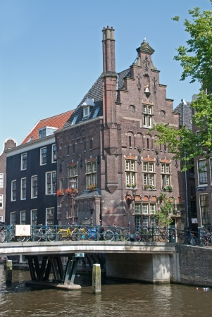 A classical Amsterdam canal