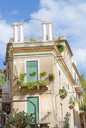 farbe: Stadt Taormina
