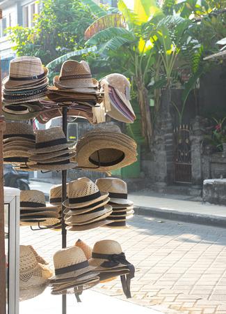Various Straw Hat on Sale. Hat Street Seller in Bali. Reklamní fotografie