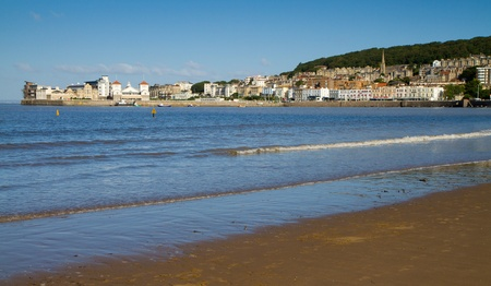 birnbeck: Weston-super-Mare seafront with view of Knightstone Island Stock Photo