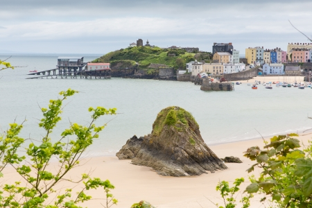 tenby wales: Gosker Rock Tenby Pembrokeshire Wales   Medieval walled fishing town on west side of Carmarthen Bay with great beaches and history  In Welsh known as Dinbych-y-pysgod