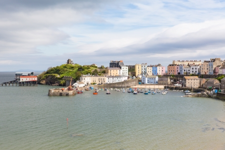 tenby wales: Tenby harbour Pembrokeshire Wales   Medieval walled fishing town on west side of Carmarthen Bay with great beaches and history  In Welsh known as Dinbych-y-pysgod  Stock Photo