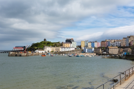 tenby wales: Tenby harbor Pembrokeshire Wales   Medieval walled fishing town on west side of Carmarthen Bay with great beaches and history  In Welsh known as Dinbych-y-pysgod