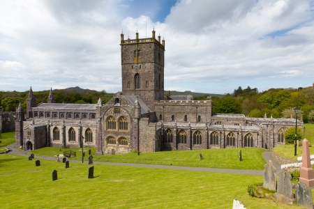 St Davids Cathedral St Davids City Pembrokeshire Wales dates back to the 12th century although since the 6th century there has been a church on this site Stok Fotoğraf