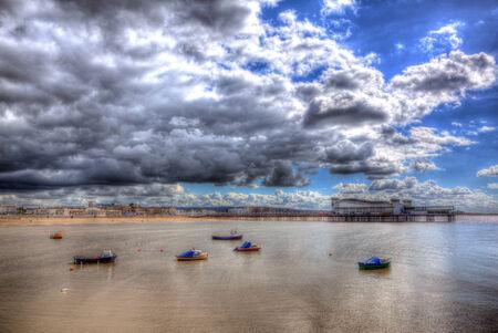 birnbeck: Barche e Pier Weston-super-Mare, Somerset Inghilterra Regno Unito in HDR