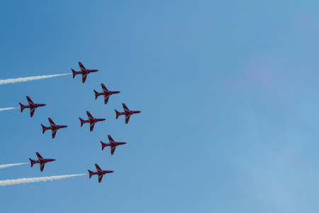 brean: Red Arrows in formation