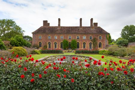 Ogrody Barrington Court niedaleko Ilminster Somerset Anglia UK Tudor dworku Publikacyjne