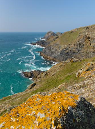 south west coast path: South West vista percorso di costa tra la baia di Holywell e Perranporth Cornovaglia UK