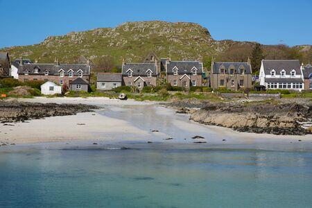 Island village on Iona Scotland uk Inner Hebrides off the Isle of Mull west coast of Scotland a popular tourist destination known for the abbey Banque d'images