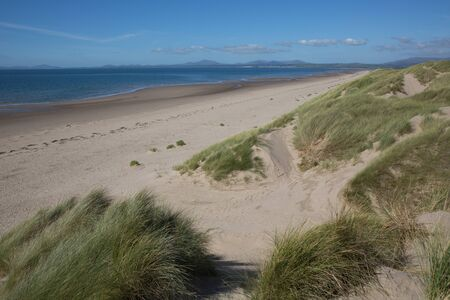 Harlech beach north west Wales UK by the castle 版權商用圖片