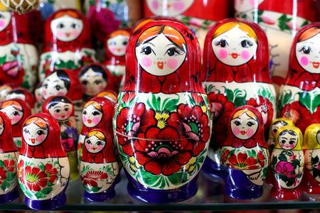 matriosca: Matrioshka  dolls are the most popular souvenirs from Russia