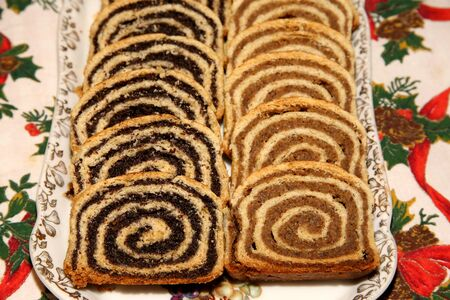 Homemade traditional poppy seed and walnut rolls for christmas holiday Standard-Bild