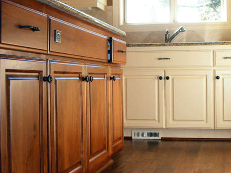 door knob: Kitchen Cabinets