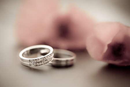 c�r�monie mariage: Anneaux de mariage et de la tullips