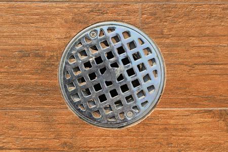 desague: Primer plano Cubrir el desagüe - drenaje