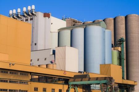 Big buildings and silos