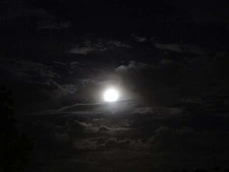 fondo azul: luna