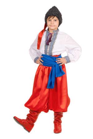 bordados: Niño en el traje nacional de Ucrania. Aislado en blanco