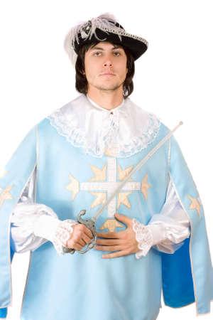 mosquetero: Hombre joven con una espada vestido de mosquetero, Aislado