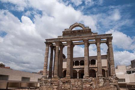 Roman temple: Templo romano de Diana en Mérida, España