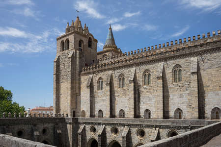 Cathedral Basilica of Our Lady of the Assumption of vora, Portugal Imagens