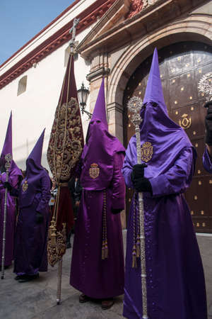 penance: Nazarenes prepared to make your season of penance in Holy Week