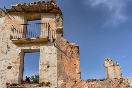 desolación: Belchite abandoned city after the bombing of the civil war espa? ? ola