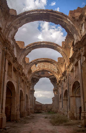 bombings: Rest of the churches of the town of Belchite after the bombings of the Spanish Civil War Stock Photo