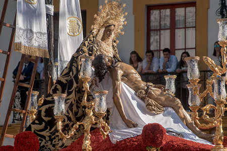 Our Lady of Mercy of Baratillo, Easter in Seville