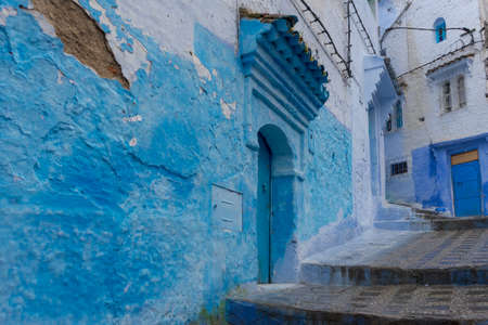 Corners of the beautiful city of Chefchaouen in the north of Morocco Standard-Bild - 100088786