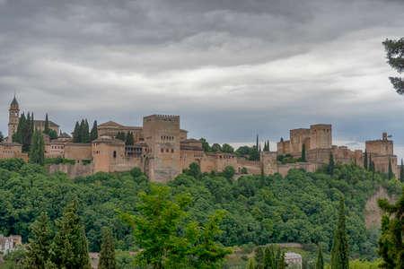 Beautiful Nasrid alcazaba of the Alhambra in Granada, Andalusia Imagens