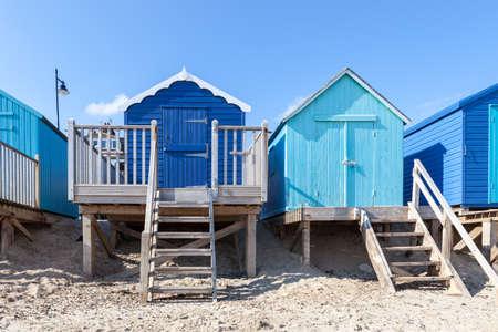 푸른 해변 오두막