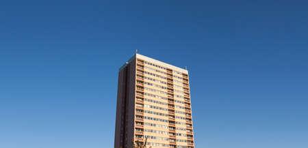 복사 공간이 일반적인 영국 고층 주택. 스톡 콘텐츠