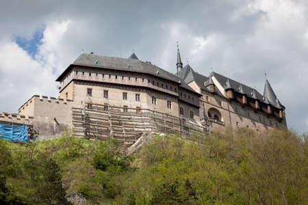 crenelation: Karlštejn Castle, Burg Karlstein, Hrad Karlštejn